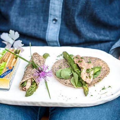 Crepes Al Grano Saraceno con Asparagi e Sardine Ricette Delicius | Delicius
