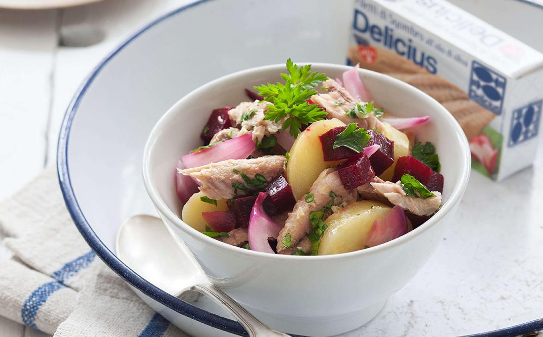 Insalata di sgombri, patate e barbabietola