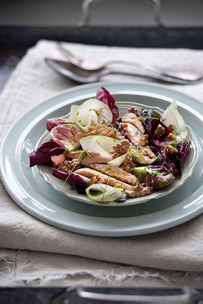 Radicchio Salad with Mackerel Fillets, Apple and Raisins